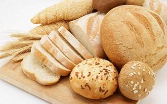Сколько калорий в белом хлебе